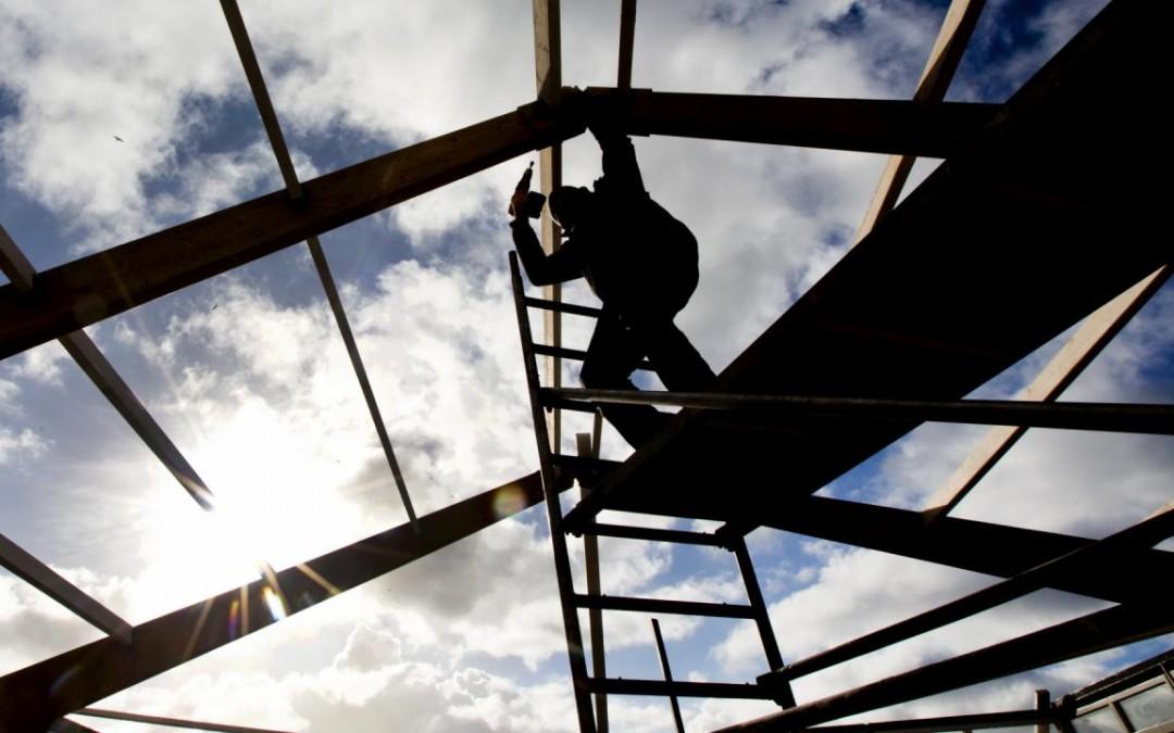 Hoosbuien en warme winters: wat zijn de gevolgen van klimaatverandering voor de bouw?